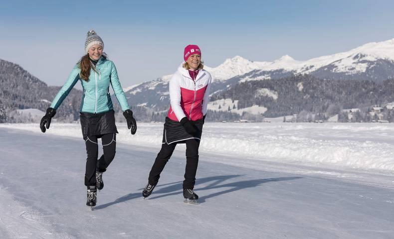 Neusacher Moser_Eislaufen am Weissensee